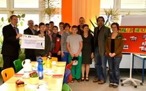 20120212_Kiwanis-Spende-Siedlungsschule